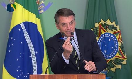 Left or right bolsonaro armas150123
