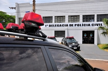Left or right delegacia nova andradina