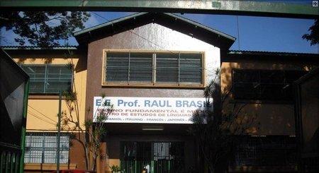 Left or right escola estadual raul brasil 13032019100944060