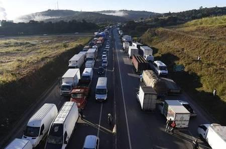 Left or right greve caminhoneiros 16042019172656570
